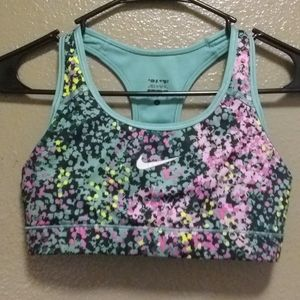 Nike sports bra,size s